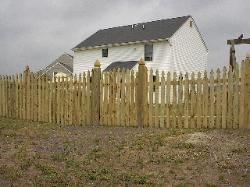 5' high concave picket w/colonial gothic posts & pickets