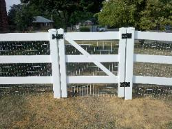 14) 4' high 3-rail vinyl gate w/white vinyl coated welded wire